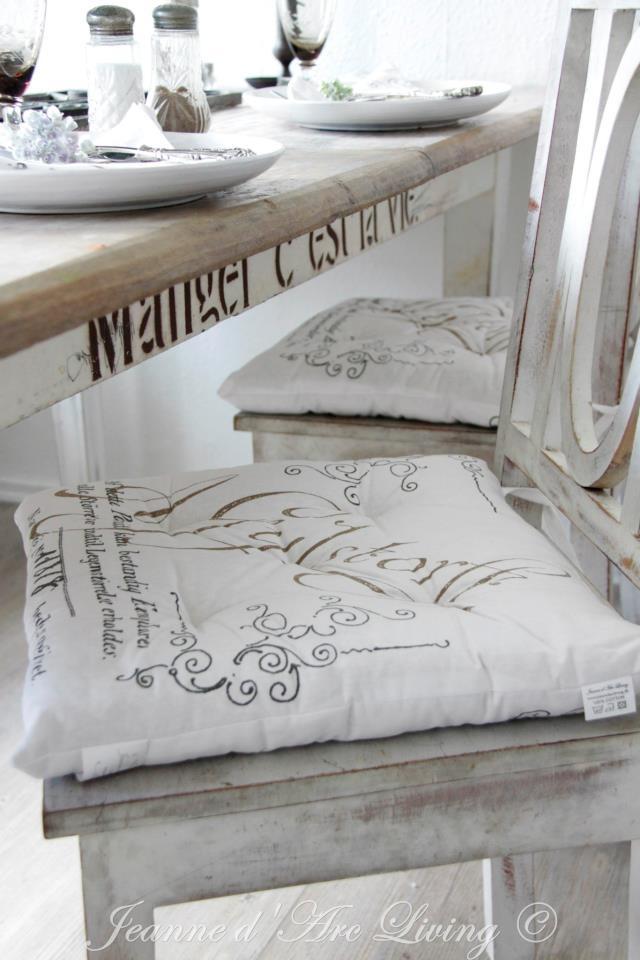 cuscini sedie lettering