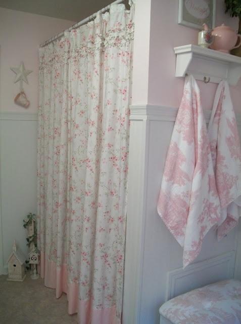 tenda-doccia-fiori-rosa