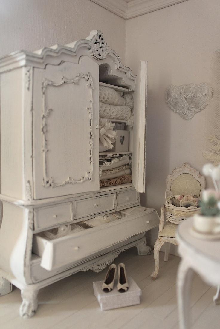 L 39 armadio della camera da letto meravigliosamente shabby - Camere da letto in stile provenzale ...