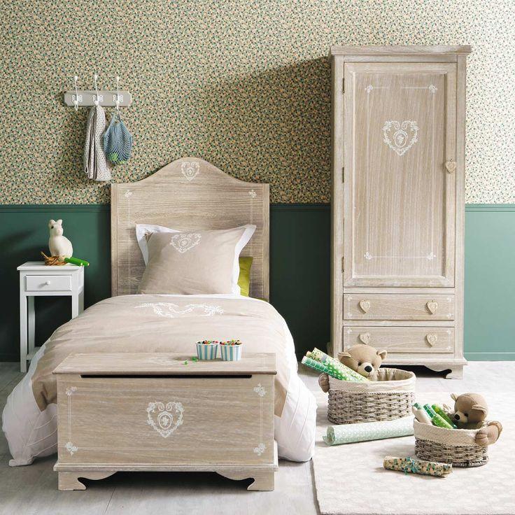 I dettagli della camera da letto shabby chic su maison du monde catalogo 2015 arredamento - Mobili stile provenzale ikea ...