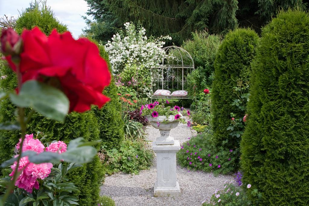 Il giardino nello stile shabby chic arredamento provenzale - Shabby chic giardino ...