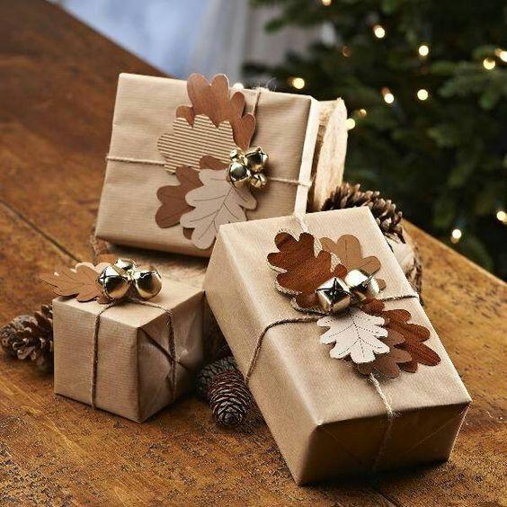 pacchetto-natale-foglie