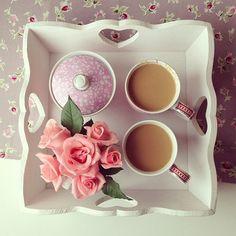 colazione san valentino rose