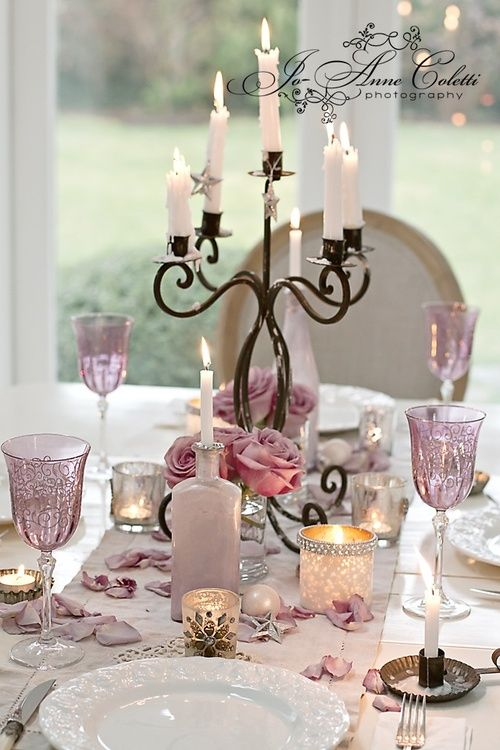 cena romantica bicchieri rosa