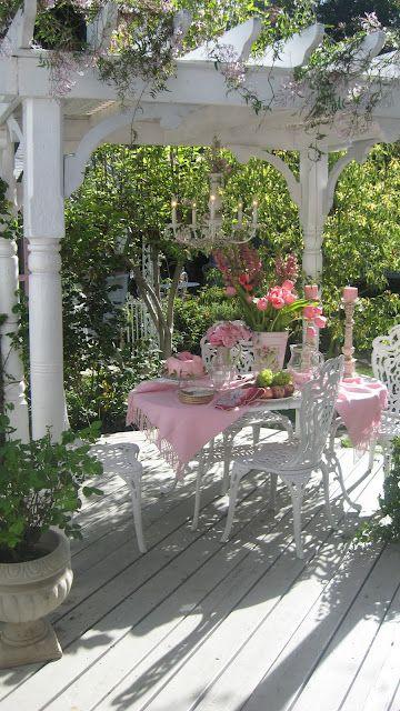 colazione gazebo rosa