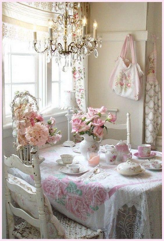 colazione rosa romantica
