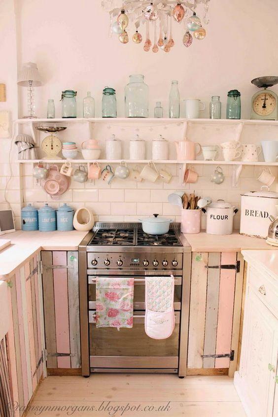 cucina legno rosa