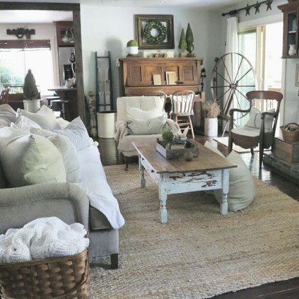 Casa di campagna idee per un salotto shabby chic for Salotto shabby chic