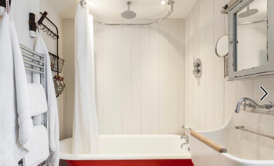 vasca bagno rossa