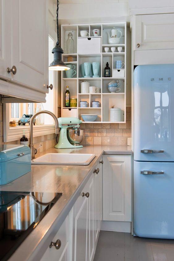 Awesome Cucina Con Frigo Smeg Pictures - House Interior ...